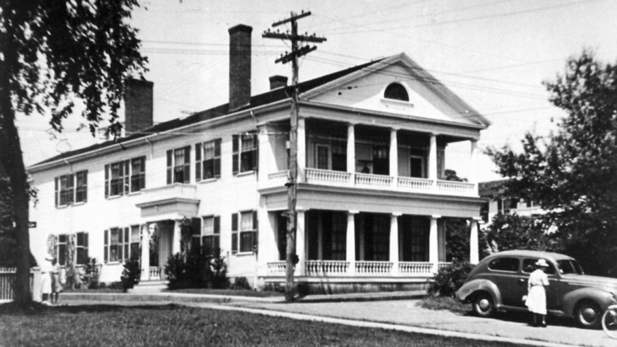 Historical Captain Morse House