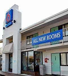 Motel 6 in Braintree